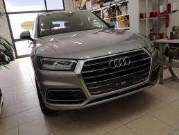 New Audi Q5 interno in pelle Total Black